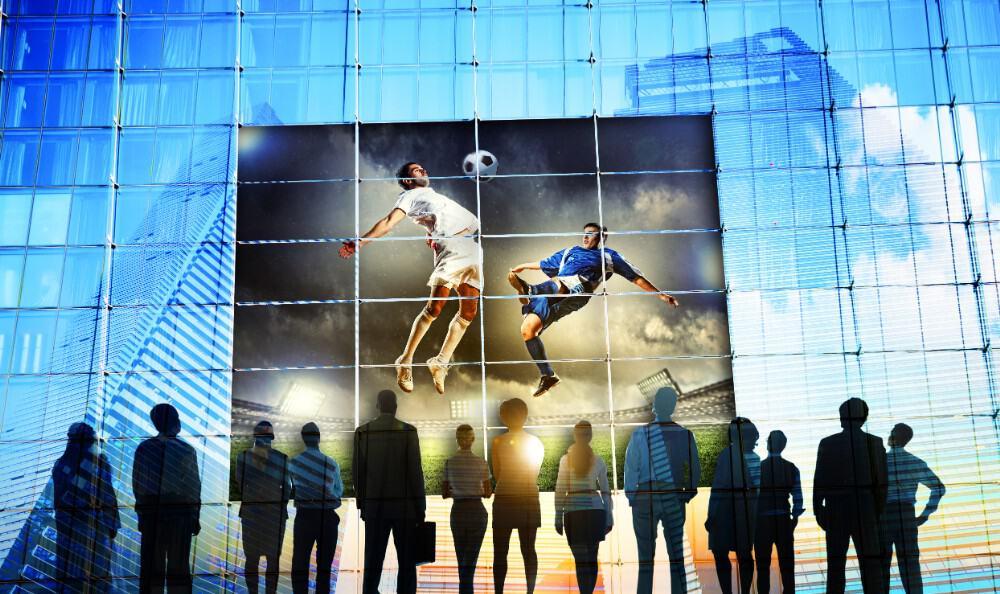 6 Ways to Use Smart Glass Windows for Retail Advertising - Gauzy