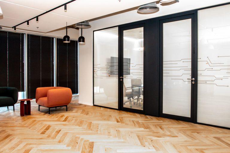 Smart Doors - Applying Smart Glass To Interior & Exterior Doors